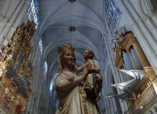 Vierge de la cathédrale de Tolède